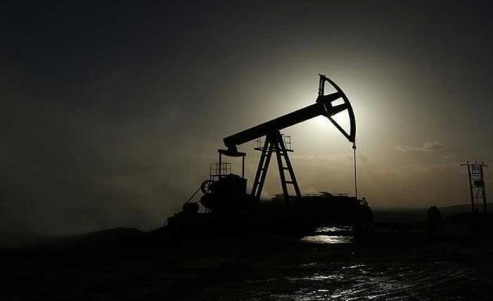 İran Petrol Bakanı: Hiçbir ülke bizimle iş birliğine yanaşmıyor