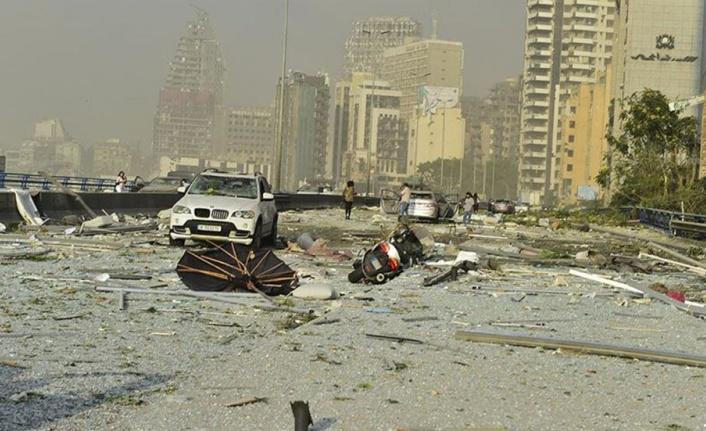Beyrut Limanı, patlamadan bir hafta sonra kısmi olarak faaliyete başladı