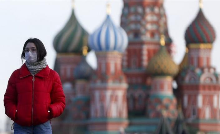 Rusya'da Covid-19 vakası sayısı 1 milyona yaklaştı