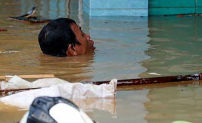 Endonezya'da heyelan: 10 ölü