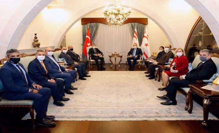 """Cumhurbaşkanı Ersin Tatar: """"Makul ölçülerde faizlerin kontrol edilmesi ve marjlara dikkat edilmesi gerek"""""""