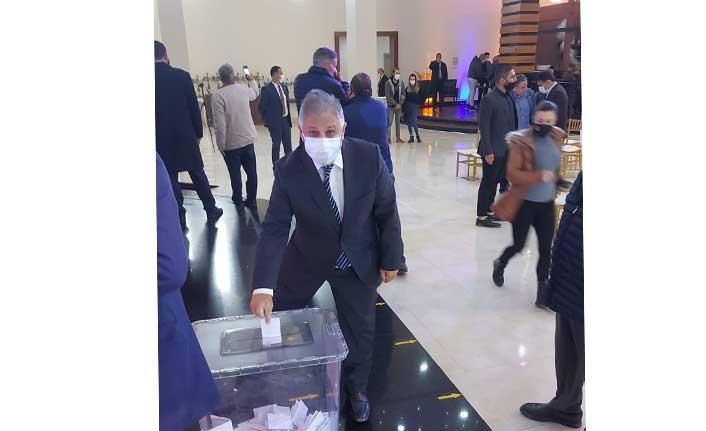 119 parti meclisi üyesinden 100 kişi oy kullandı