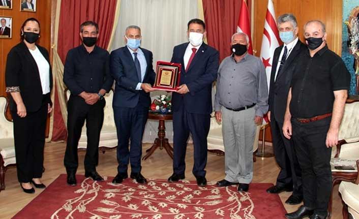 Başbakan Saner, Kktc Kempo Savunma Sporları Federasyonu Heyetini Kabul Etti