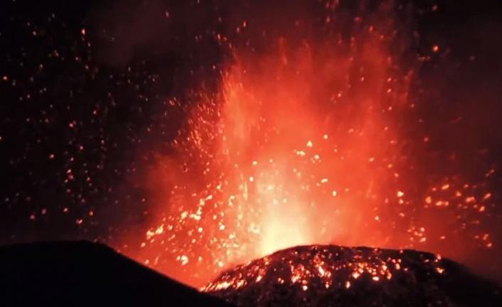 """Bm:"""" kdc'de yanardağ tehdidi 400 bin kişiyi yerinden etmiş olabilir"""""""