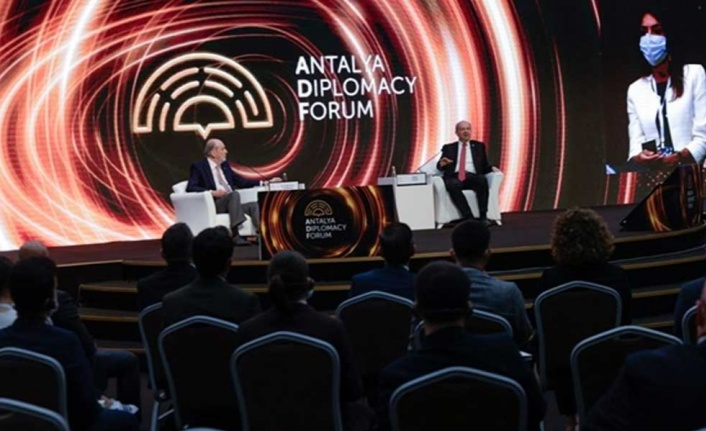 Cumhurbaşkanı Tatar Bu Akşam Yurda Dönüyor