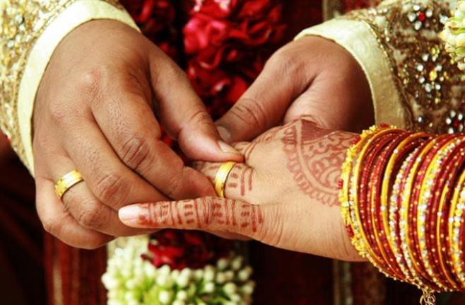 Gelin düğünde ölünce damat baldızıyla evlendi