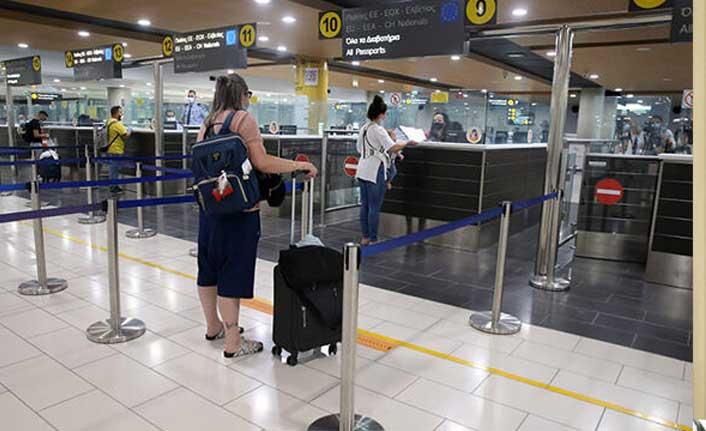 Güney Kıbrıs'taki Havaalanlarında Hareketlilik