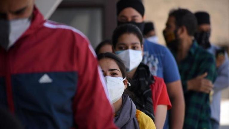 Hindistan'da son 24 saatte 2 bin 219 kişi yaşamını yitirdi