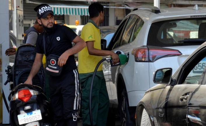 Lübnan'da yakıt stoku tükenmek üzere