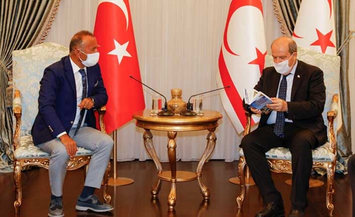 Cumhurbaşkanı Tatar  Ada Kent Üniversitesi Heyetini Kabul Etti