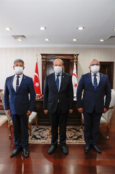 Cumhurbaşkanı Tatar,  Karakoç İle Karaca'yı Kabul Etti