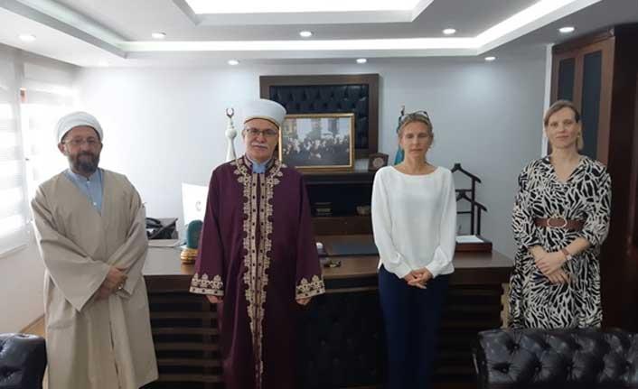 Hollanda'nın Kıbrıs Büyükelçisi Atalay'ı Ziyaret Etti
