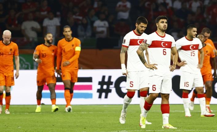 Amsterdam'da büyük hezimet: Türkiye, Hollanda'ya 6-1 kaybetti!