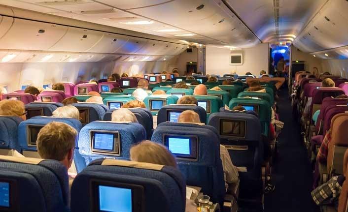 Araştırma: Uçak yolculuklarında Covid-19 bulaşma riski binde birden az