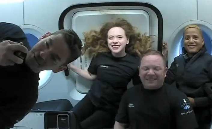 Dünya yörüngesinde 15 tur atıldı