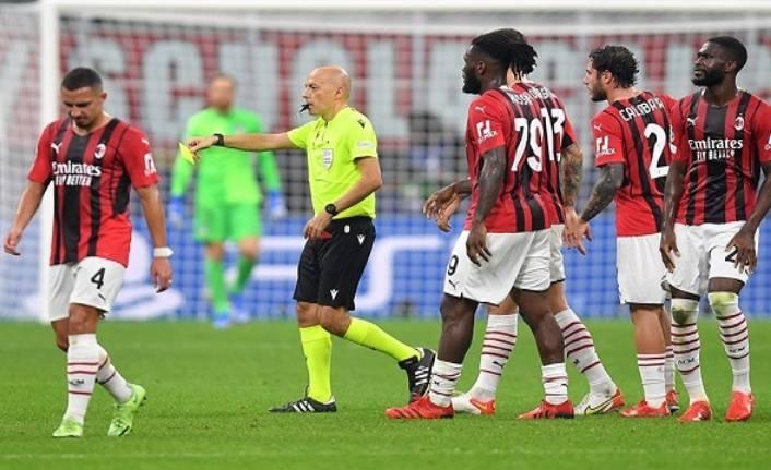 Milan, Cüneyt Çakır'ı UEFA'ya şikayet etti