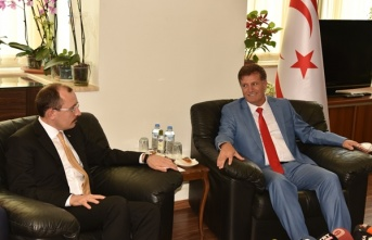 Başbakan Yardımcısı Ekonomi Ve Enerji Bakanı Erhan Arıklı, TC Ticaret Bakanı Muş İle Görüştü
