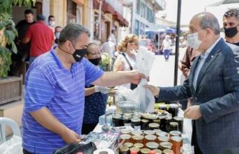 Cumhurbaşkanı Tatar 11. Ceviz Festivali'ni Gezdi