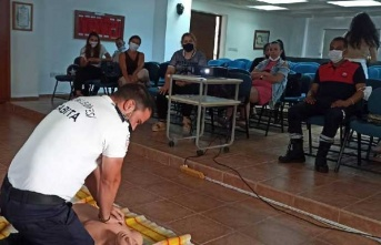 Girne Belediyesi personeline ilk yardım eğitimi