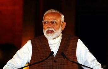 Hindistan 18 yaş üstü herkesi aşılayacak
