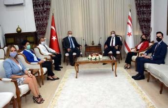 Sennaroğlu, Dış Basın Birliği  heyetini kabul etti