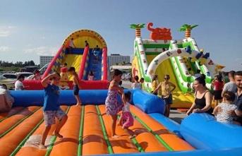 Yeniboğaziçi Belediyesi Halk Plajı'nda Çocuk Şenliği Düzenlendi