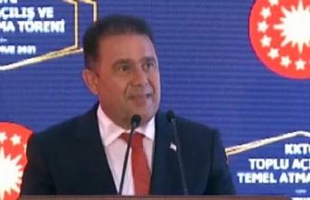 Başbakan Saner:Kıbrıs Türk Halkı, bugün 2 değil 3 bayramı birlikte kutluyor