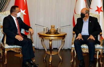 Cumhurbaşkanı Tatar, Okçular Vakfı Ve Beyoğlu Belediye Başkanı Yıldız'ı Kabul Etti