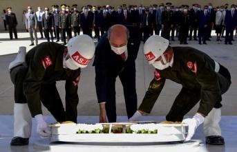 Rauf Raif Denktaş'ın Anıt Mezarında Tören Düzenlendi