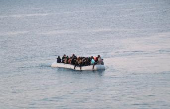 5 Mülteci Sandal ile Geldi 3'ü Kayıplara Karıştı 2'si Tutuklandı