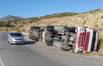 Çınarlı-Mersinlik arasında trafik kazası!