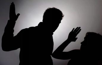 Kadına şiddet! Eşinin boğazını sıkıp yüzünü yumrukladı