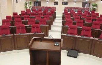 Tatil bitti, Meclis açılıyor