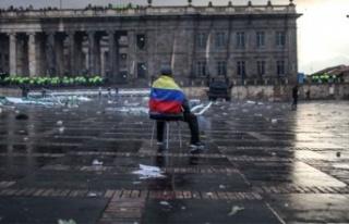 Kolombiya'da son 24 saatte Covid-19 nedeniyle...