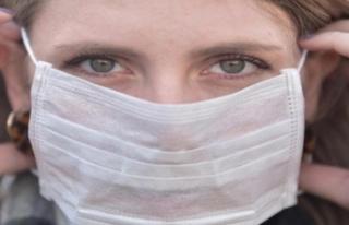 Güney Kıbrıs'ta maske takma zorunluluğuyla ilgili...