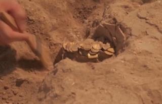 İsrail'deki kazı çalışmasında 425 altın...