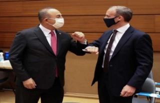 CENEVRE'DEKİ KIBRIS GÖRÜŞMELERİNE KATILAN TARAFLAR...