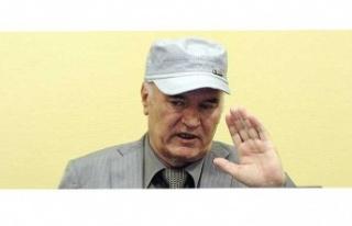 'Bosna Kasabı' lakaplı Mladic'in davasında...