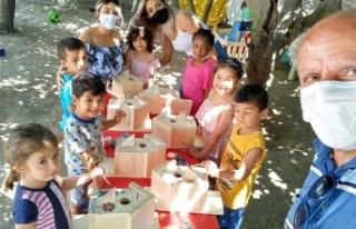 Çocuklarla Kuş Yuvası Boyama Etkinliği Düzenlendi