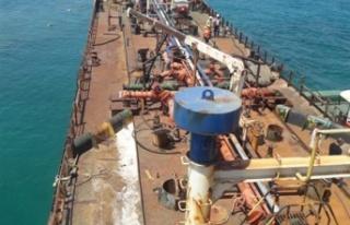 Gülseren Bölgesinde Karaya Oturan Tankeri Kurtarma...