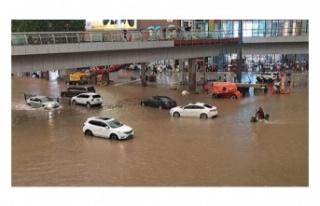 Çin'deki sel felaketinde ölü sayısı 33'e...