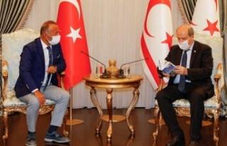 Cumhurbaşkanı Tatar Ada Kent Üniversitesi Heyetini...