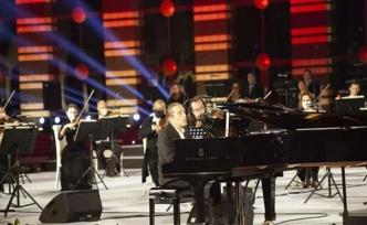 """Piyanist Fahir Atakoğlu: """"Bana bu olanağı veren Cumhurbaşkanımıza teşekkür ederim"""""""