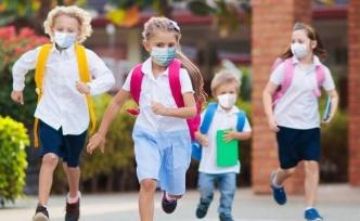 ABD okullarında maske karmaşası: Öğrenciler tedirgin ve stresli