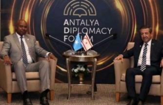Tahsin Ertuğruloğlu, Mohamed Abdirizak'la görüştü
