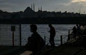 Prof. Müftüoğlu: Türkiye maalesef salgının en ağır dönemlerinden birini yaşıyor
