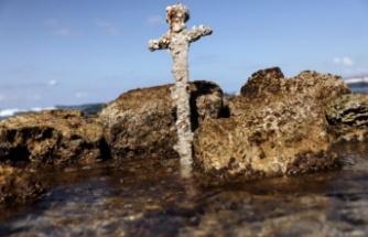 Akdeniz'de 900 yıllık Haçlı kılıcı bulundu