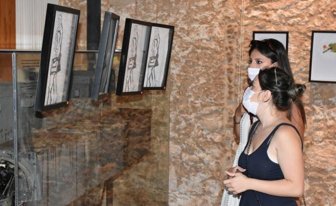"""Bartu Bektaş'ın """"Extemporary"""" adlı ilk kişisel sergisi açıldı"""