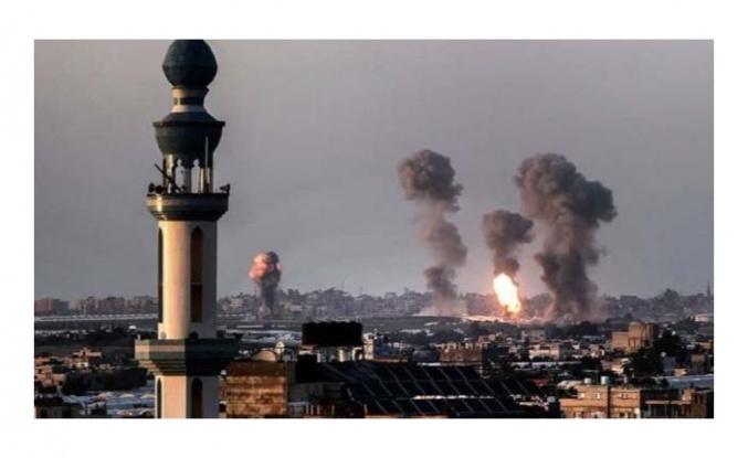 İsrail savaş uçakları, Gazze'de iki evi bombaladı