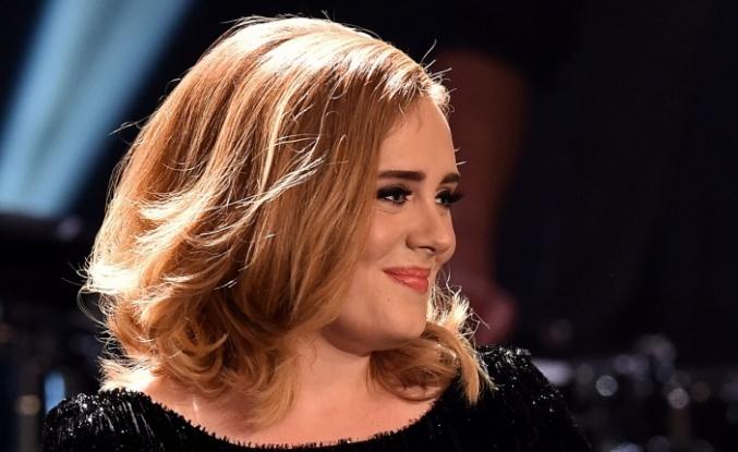 Adele müzik dünyasını altüst etti…